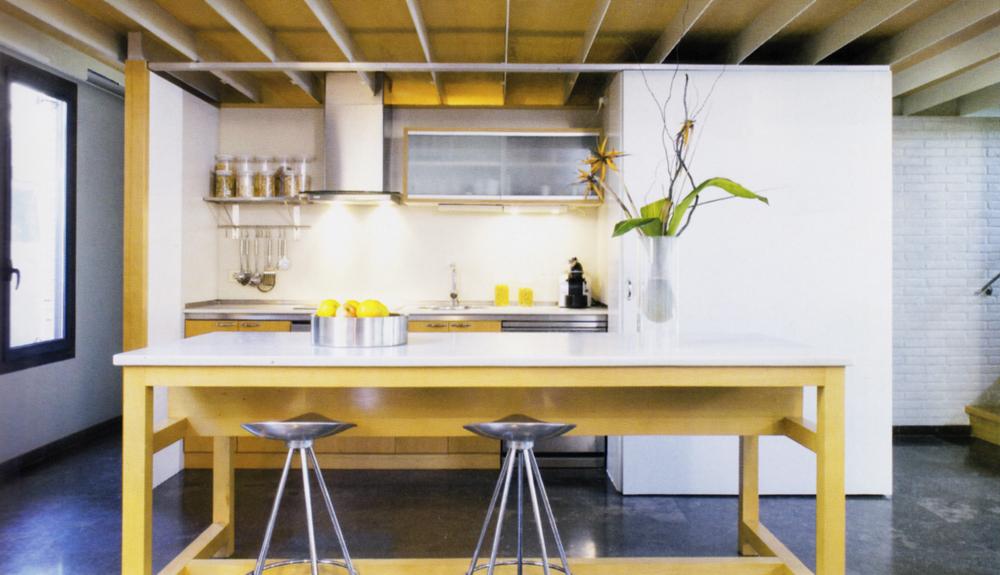Cocina lacada en madera laminada