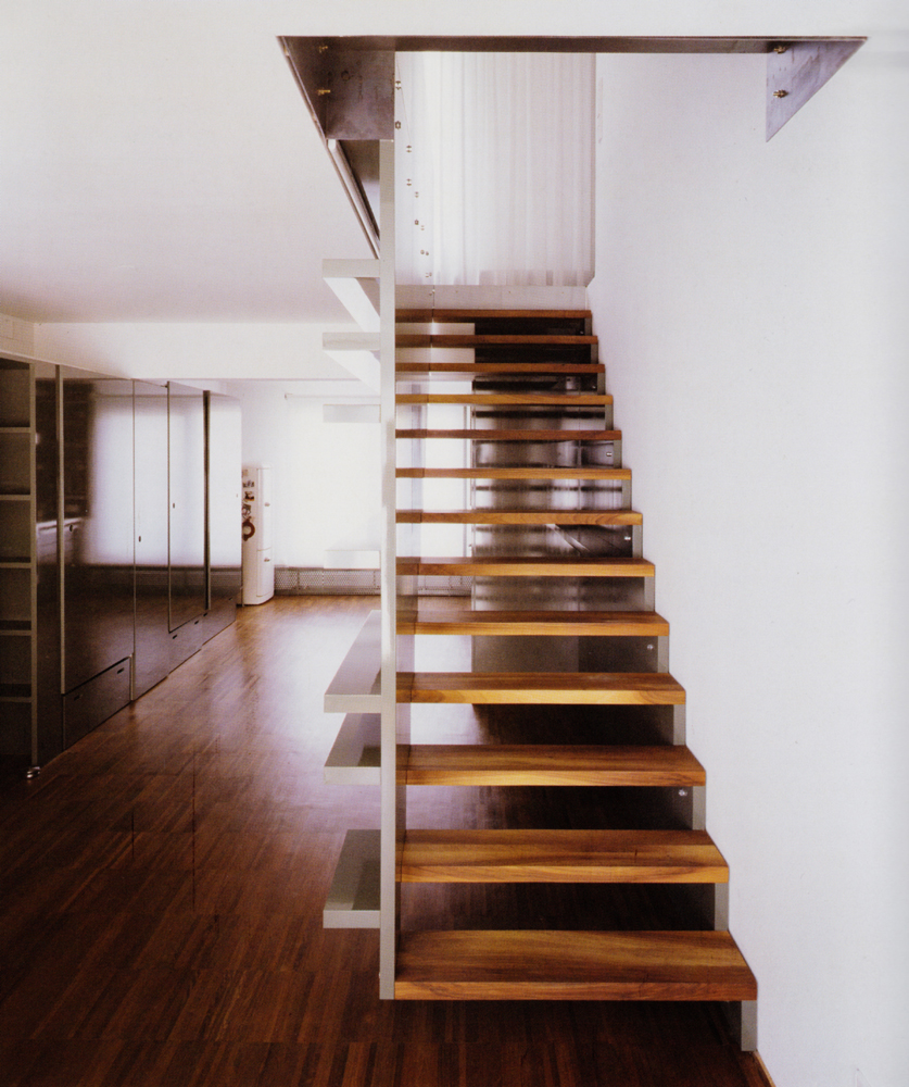 Escalera interior de madera sucupira vettagrupo coru a - Escaleras de madera interior ...