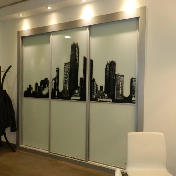 Armario puertas correderas cristal serigrafia