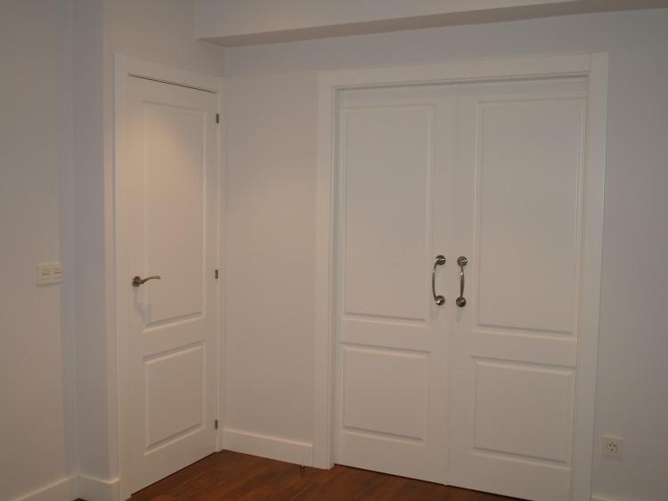 Puertas a medida - acceso vestidor