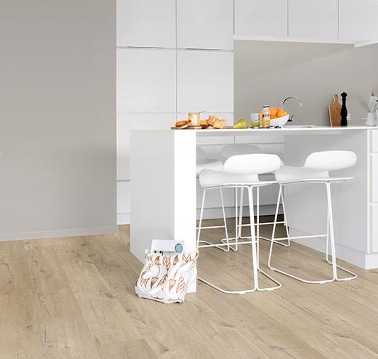 Quick-Step Livyn Pulse - suelo de vinilo aptos para cocina