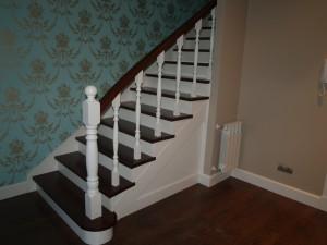 Escalera mixta lacada blanco madera ip