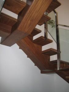 Escalera madera de xatoba