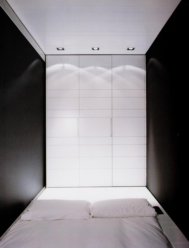 Armario en esquina blanco cristal negro vettagrupo - Puertas abatibles cristal ...