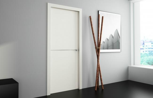 Puerta interior blanca lacada